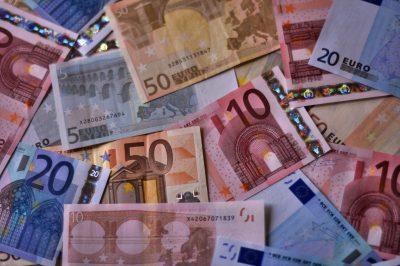 Haushalt 2016: Leider kaum Schuldentilgung geplant. Bild: Ed Z, Flickr