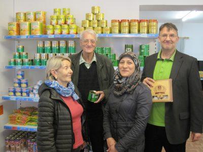 """Die grüne Stadtratsfraktion besucht den """"Aladin""""-Laden in Deggendorf."""